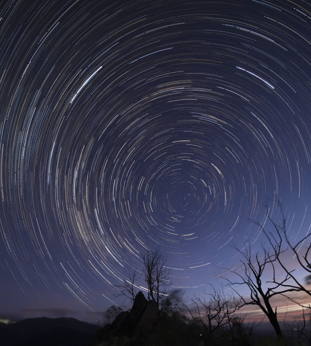startrails_South_Jawbone_09_01_2016_1